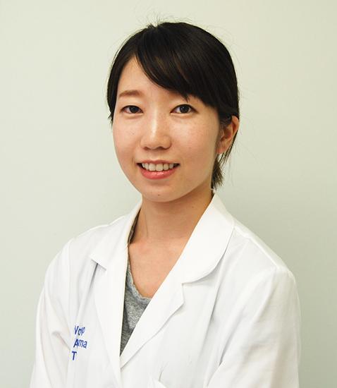 歯科医師 岸宏美